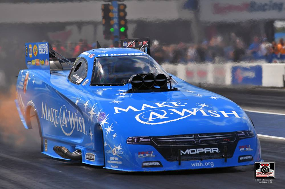 Johnson, Pritchett lead DSR on opening day of qualifying near Charlotte to start NHRA Countdown to the Championship playoff in Mello Yello Series