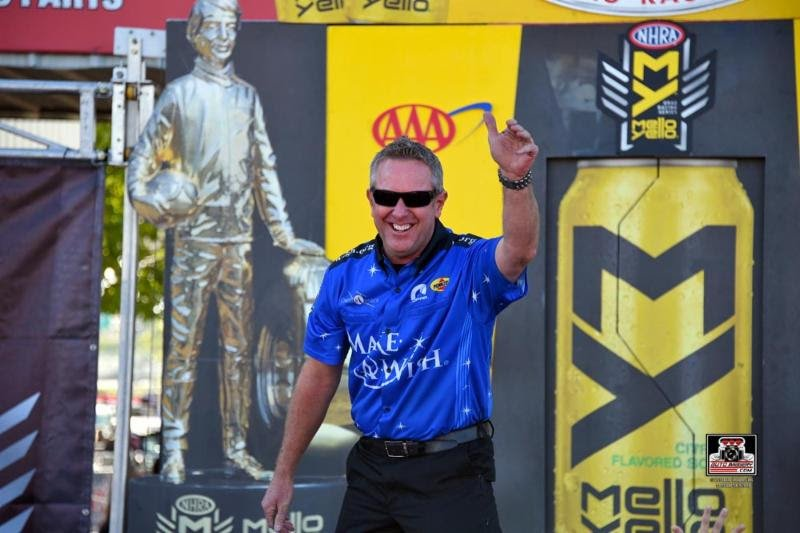 Johnson knows Make-A-Wish team must win this weekend at Motorplex to stay in running for Funny Car championship